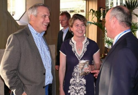 Governor Bill Ritter (ret.) and Aspen environmentalist Isa Catto exchange ideas with ASC President Kevin Ward
